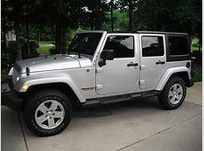 2012_jeep_wrangler_unlimited_saharapic