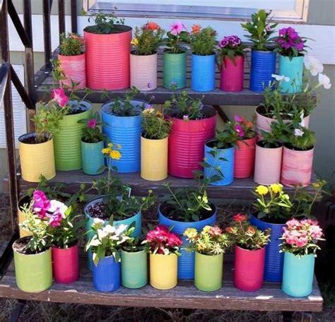 gambar pot bunga botol bekas barang bekas menjadi