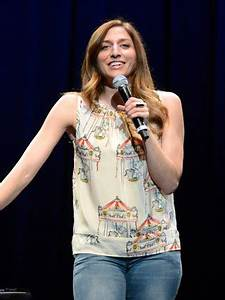 Career Plan Chelsea Peretti Bra Size Age Weight Height