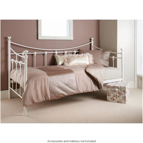 bordeaux day bed furniture bedroom furniture