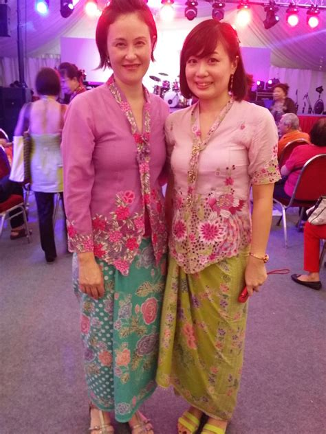 kebaya batik where to buy nyonya sarong kebaya in singapore