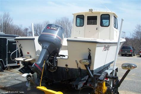 Linwood Parker Boats by 1996 Parker 230 Wheel House Photo 3