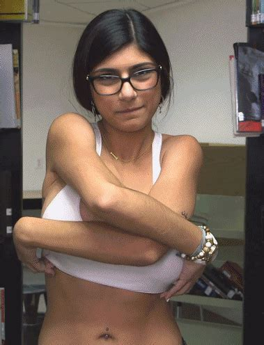 Mia Khalifa Gifs Porngifsforadults Com