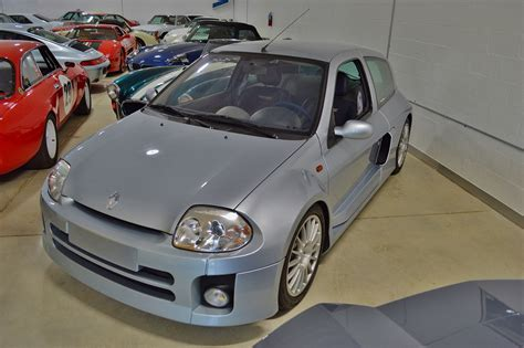 Renault Clio V6 For Sale by There S A Renault Clio V6 For Sale In Miami Priced At
