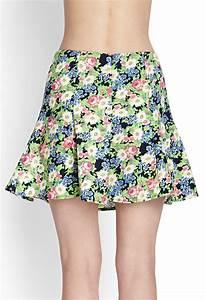 Forever 21 Woven Floral Skater Skirt in Multicolor (Navy ...