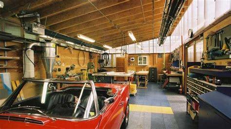 garage größe für 2 autos how to transform your garage into the ultimate diy workshop