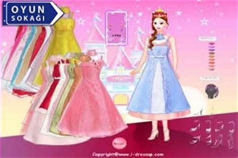 Barbie Bebek Boyama Oyunları Oyna Resimlere Göre Ara Red