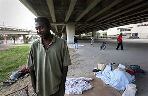 Homelessness down slightly in Houston area since 2016 ...