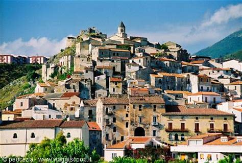 foto la città vecchia di Scalea ITALIA