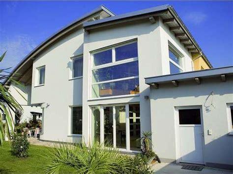 Fassadenfarben Und Außenputz Für Das Haus  Lagerhaus St