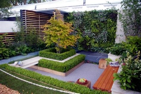 shaping the landscape with little room 13 ideas for small gardens interior design ideas