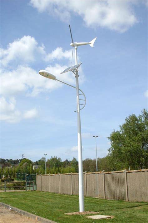 Lampadaires solaires pour l'eclairage public   tous les