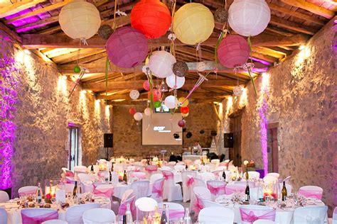 location chaises mariage decoration de salle de mariage lyon votre heureux