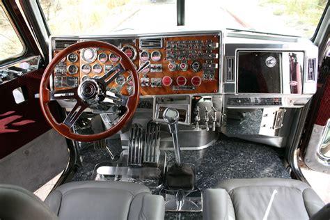 Custom Interior For 359 Peterbuilt
