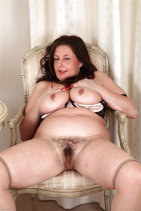 Mature Fatty Jessica Jay Shows Some Really Unforgettable
