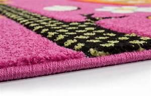 Tapis Rose Fushia : excellent latest tapis pour enfant pas cher tapis enfant rose tapis rose enfant tapis d with ~ Teatrodelosmanantiales.com Idées de Décoration
