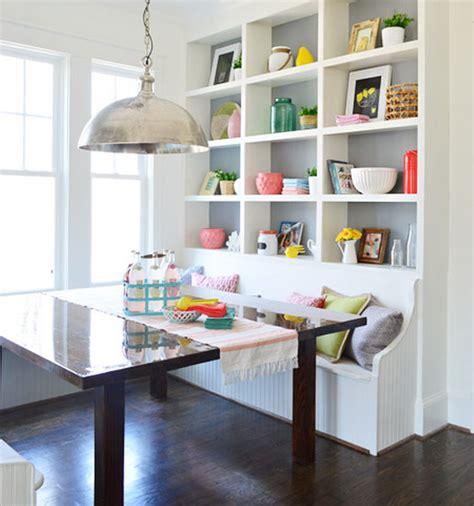 desain ruang makan unik  rumah kecil dekor kursinya