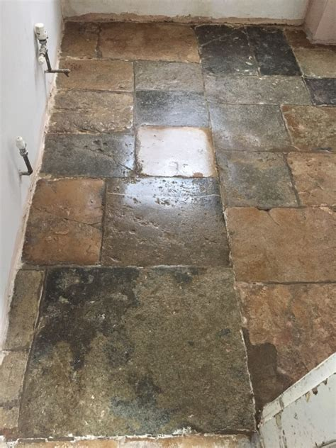 Floor Flagstone Tiles by Cleaning And Restoring The Appearance Of An Flagstone