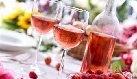 cuisine au vin ros vin rosé notre sélection de bonnes bouteilles au