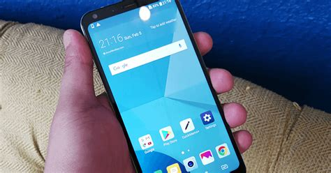 best smartphone today meet lg q6 the most beautiful midrange smartphone today Beautiful
