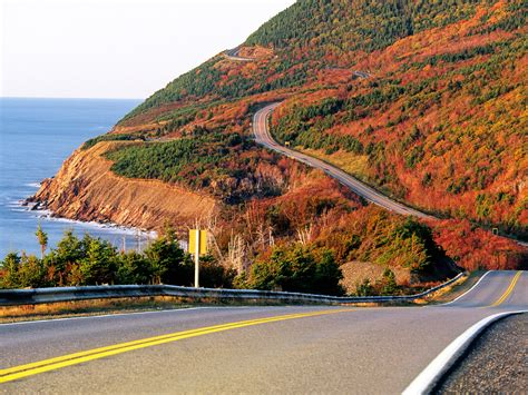 The Best Fall Foliage Drives In New England And Canada