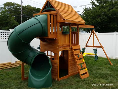 New England Playset Assembly, Fall River, Ma