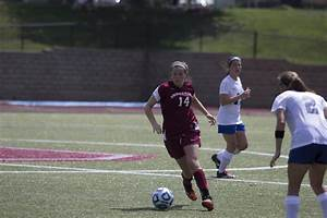 Women's soccer builds team chemistry, experience with trip ...