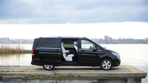 Review Mercedes V Class by Mercedes V Class Review