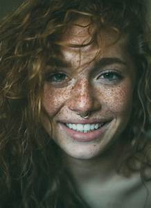 Beautiful portraits of freckled people – Vuing.com