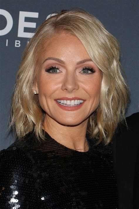 kelly ripa stills   annual cnn heroes   star