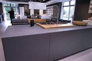 Schwarze Arbeitsplatte Küche : graue k che graue arbeitsplatte kitchens pinterest grau arbeitsplatten graue k chen und ~ Sanjose-hotels-ca.com Haus und Dekorationen