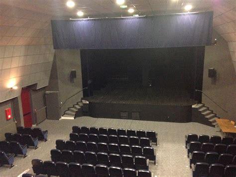 salle de spectacle et de cin 201 ma l 201 on besnardeau sille le guillaume cinema theatre tourisme