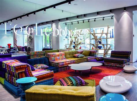 Roche Bobois, Pour Clients Argentés Et étrangers