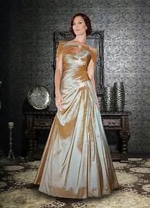 17 beste ideeen over bruidsjurken voor de rijpere vrouw op With unusual wedding dresses for older brides