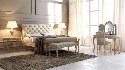 Klassische Betten Und Schlafzimmer Im Zeitlosen Stil