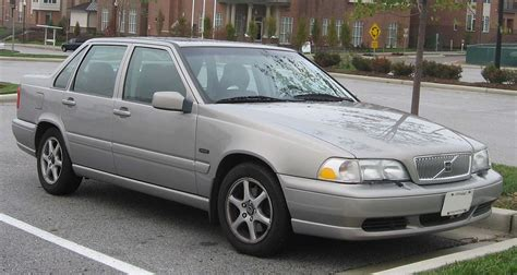 2000 Volvo S70 by Volvo S70