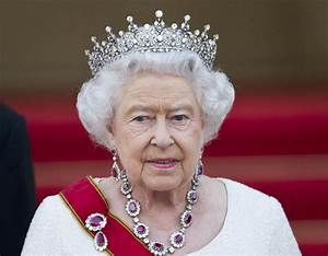 The Queen wades in to EU debate 'Division in Europe is ...
