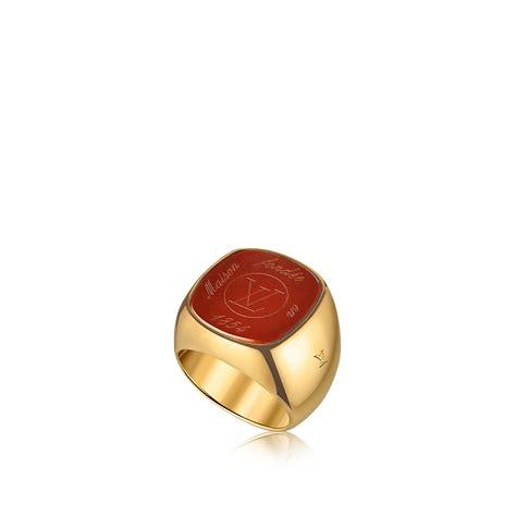 louis vuitton essential   panel de bijoux des