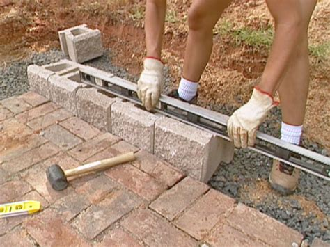 how to build retaining wall how to build a block retaining wall how tos diy