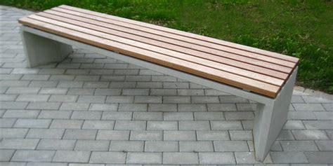 betonbank mit holzauflage betonbank mit holzauflage referenzen maillith sitzbl cke aus polymer beton f r innovative