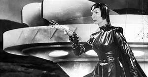 'Devil Girl from Mars' - Photos - Mars in the movies vs ...
