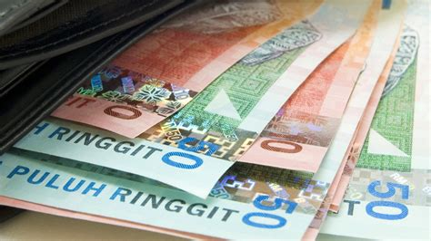Malaysia Asks Foreign Banks To Stop Ringgit Trading