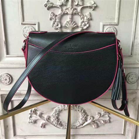 louis vuitton  saint cloud crossbody bag epi leather