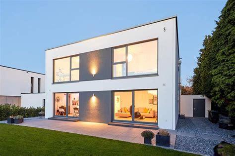 Moderne Luxushäuser by Gussek Haus Bauhaus Stil