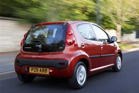 peugeot little car car review peugeot 107 sportium flush the fashion