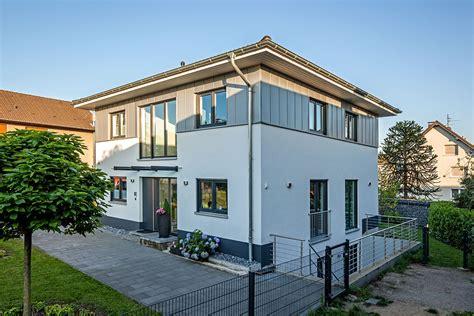 Haus Engelhardt  Reinhard Bauunternehmen