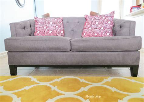 easy tips  clean  sofa  couch angela saysangela