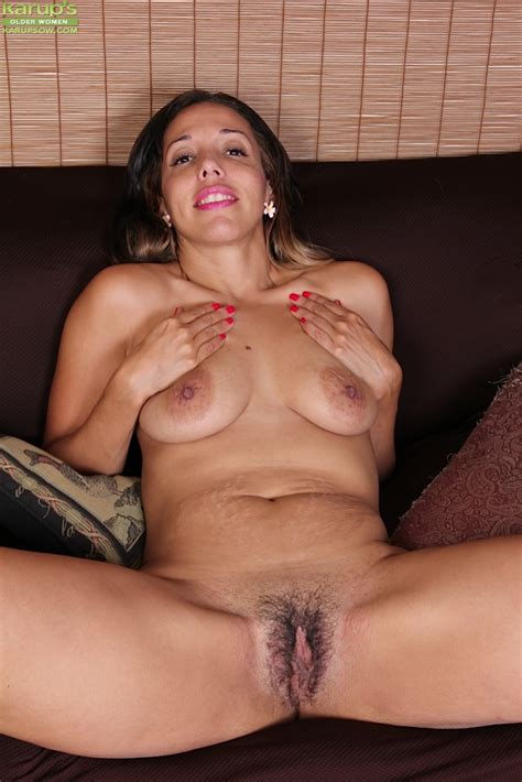 Cock Craving Mature Josephine James Playing With Her Hairy Snatch