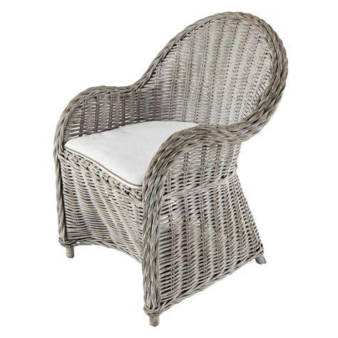 fauteuil en rotin blanc gris 233 luna maisons du monde