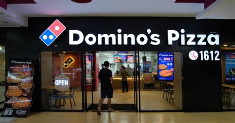 dominos named  tech accelerator   year
